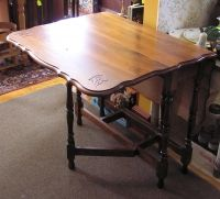 Walnut Gateleg Table
